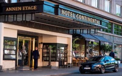 S&P sjekker inn på Hotel Continental